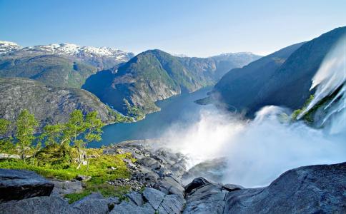 Fjordu Norvēģija Haugesunda Lieldienās ar FlyMeAway